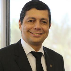 Elton José Assis
