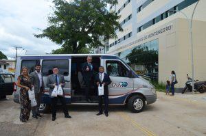 COVID-19: Ação entre CAARO e OAB distribui álcool em gel para advogados