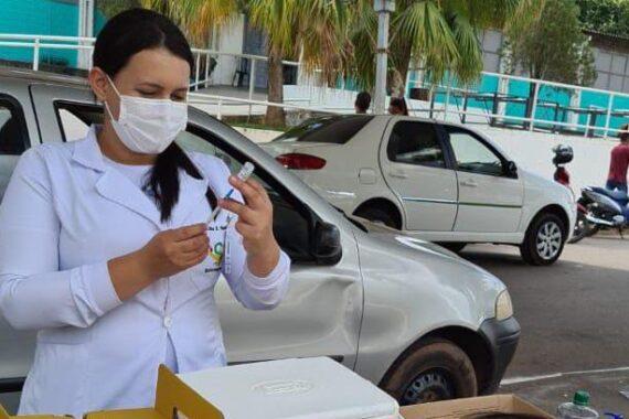 Advogados são imunizados contra a Covid-19 em Cacoal