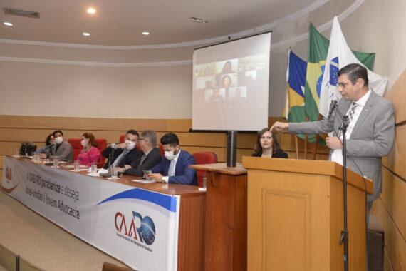 Durante cerimônia de entrega de credenciais presidente da OAB destaca projeto voltado para o aperfeiçoamento da advocacia
